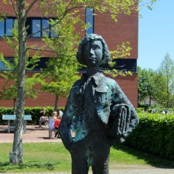 Foto: De leerling van Suze Boschma-Berkhout; Foto van Ytzen. (CC BY-SA 3.0)